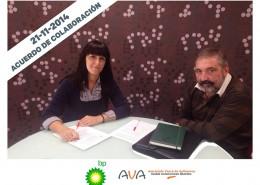 Firma Convenio con Emi Sánchez (Gerente AVA-ATA EUSKADI) con Iñaki Madina Viteri (Delegado Zona Norte BP OIL)